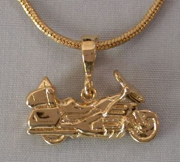 Layered Gold GL 1800 3D Pendant